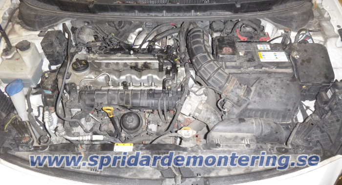 Injector removal                           from Hyundai i30 with 1.4 CRDi engine